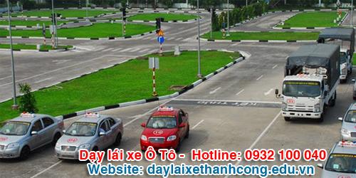 Sa hình thực hành dạy lái xe Thành Công
