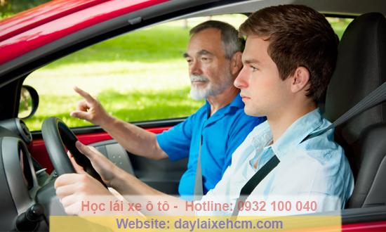 Học bằng lái xe B2 tại Trung Tâm Thành Công